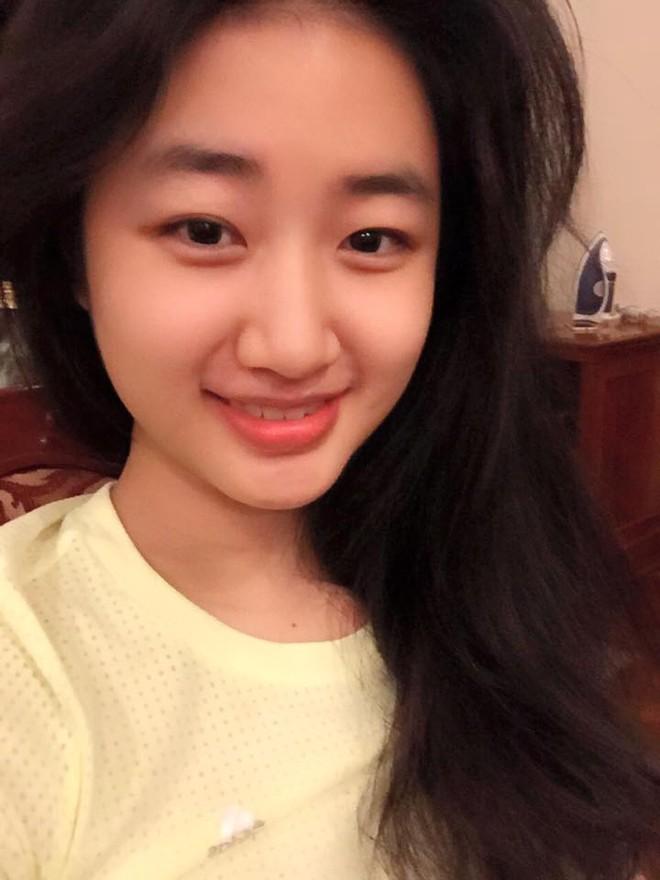 """Nhan sắc đời thường của tân """"Hoa hậu Bản sắc Việt toàn cầu"""" ảnh 1"""