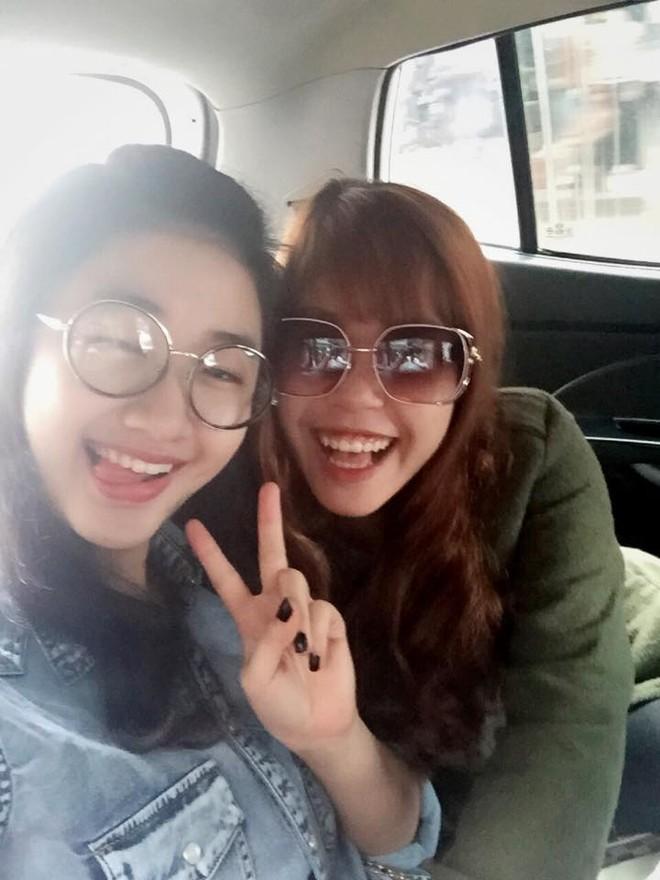 """Nhan sắc đời thường của tân """"Hoa hậu Bản sắc Việt toàn cầu"""" ảnh 9"""