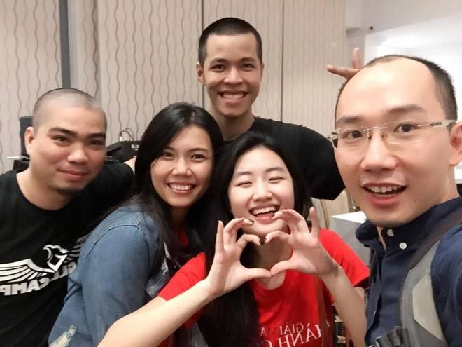 """Nhan sắc đời thường của tân """"Hoa hậu Bản sắc Việt toàn cầu"""" ảnh 12"""