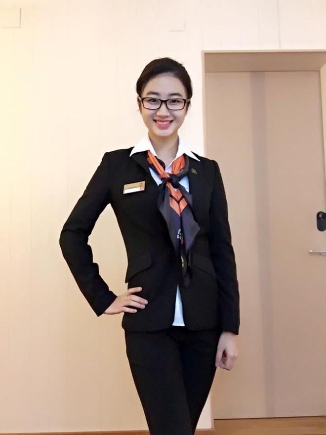 """Nhan sắc đời thường của tân """"Hoa hậu Bản sắc Việt toàn cầu"""" ảnh 13"""