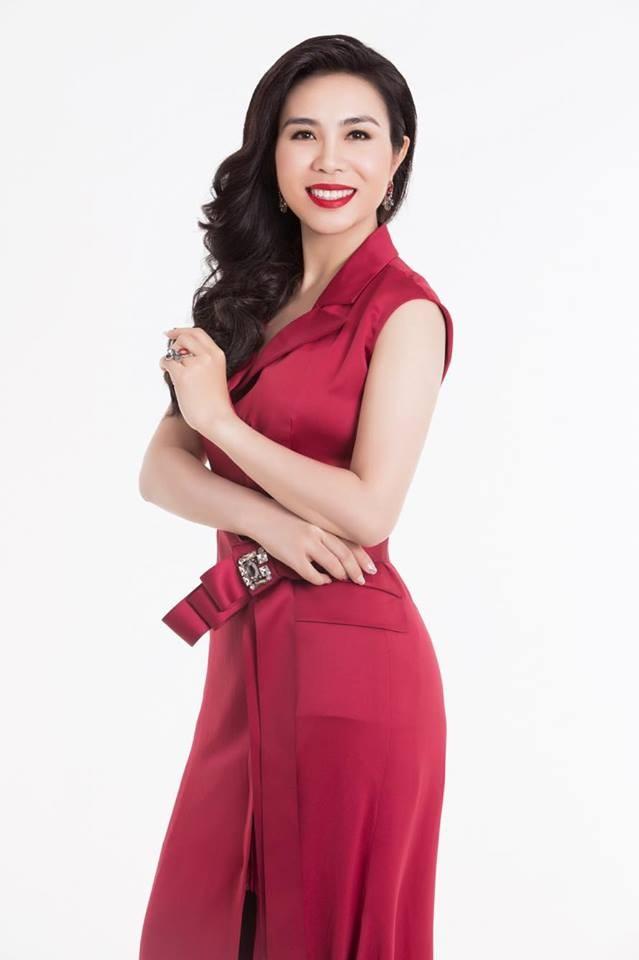 Chiếc váy đẹp không làm nên Hoa hậu!