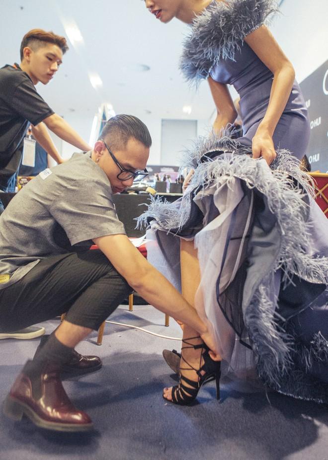 Những hình ảnh chưa từng thấy tại Tuần lễ thời trang Quốc tế Hà Nội