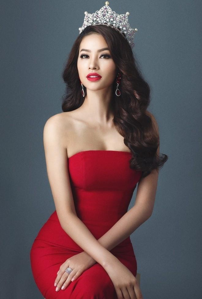 """Đương kim """"Hoa hậu Hoàn vũ Việt Nam 2015"""" Phạm Hương"""