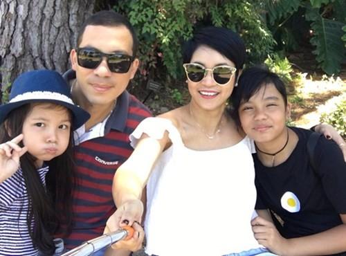 Gia đình nhỏ hạnh phúc của Quốc Bình và Xuân Nhị...