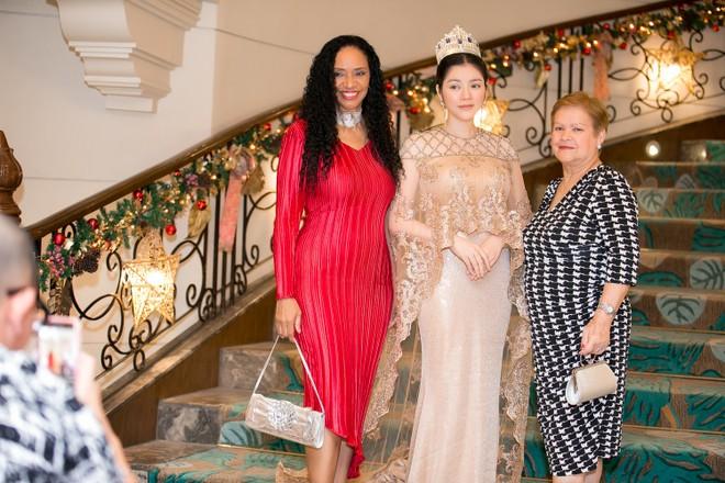 """Lý Nhã Kỳ chính thức trở thành """"Công chúa châu Á"""" của bộ tộc Mindanao! ảnh 9"""
