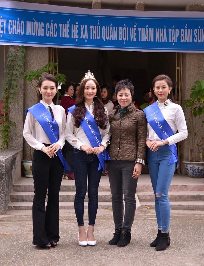 """Top 3 """"Nữ hoàng đá quý Việt Nam 2016"""" đồng hành cùng xạ thủ Hoàng Xuân Vinh ảnh 4"""
