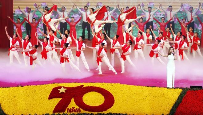Long trọng Lễ kỷ niệm 70 năm Ngày toàn quốc kháng chiến ảnh 12