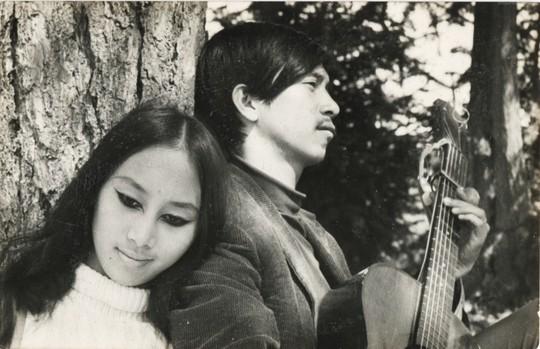 Giọng oanh vàng của thập niên 70 trở lại, hát sáng tác của người chồng quá cố