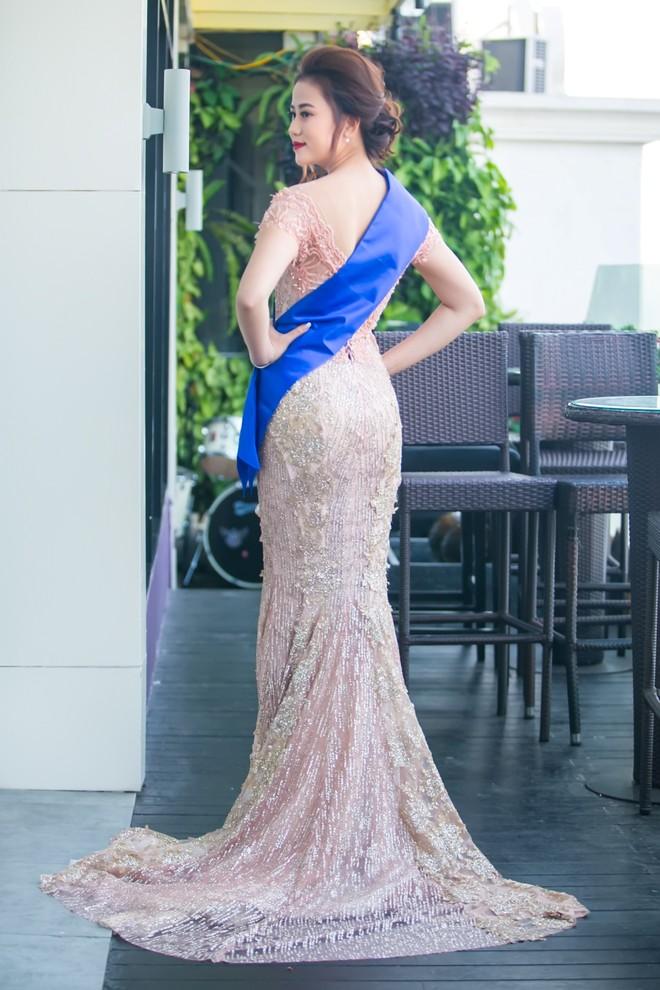 """Sau danh hiệu Á hoàng đá quý, Cao Thùy Trang chinh phục """"Hoa hậu Hoàn vũ Việt Nam"""" ảnh 14"""