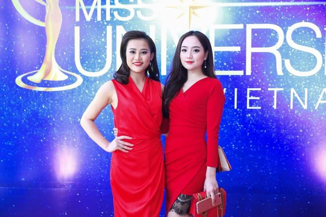 """Sau danh hiệu Á hoàng đá quý, Cao Thùy Trang chinh phục """"Hoa hậu Hoàn vũ Việt Nam"""" ảnh 10"""