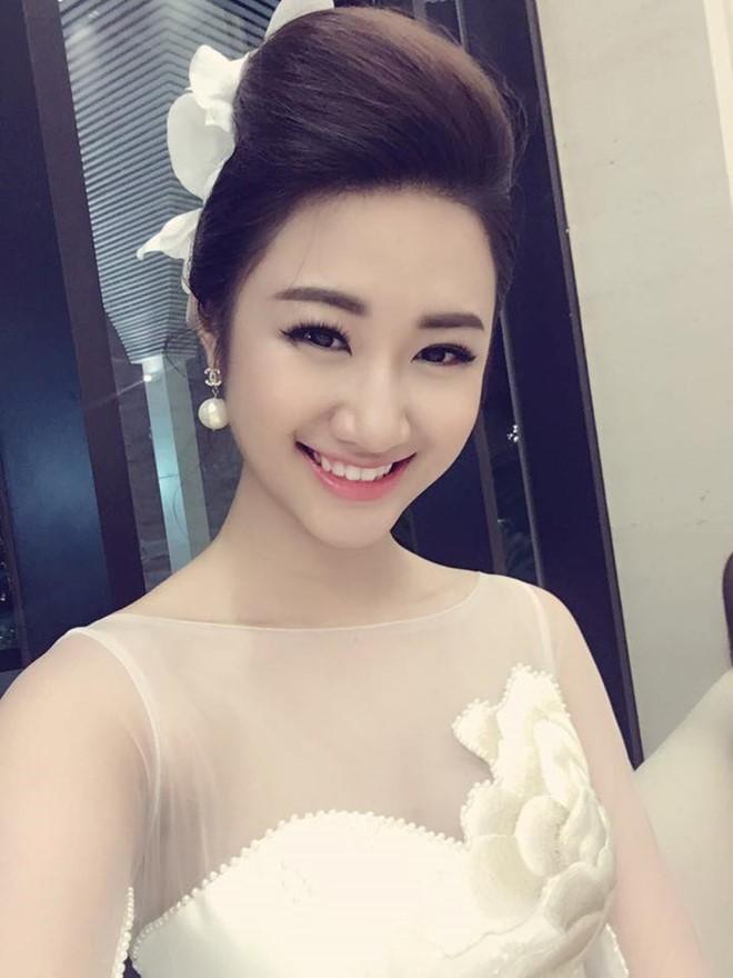 """Vị hôn phu """"đại gia"""" của Hoa hậu Thu Ngân là ai?"""