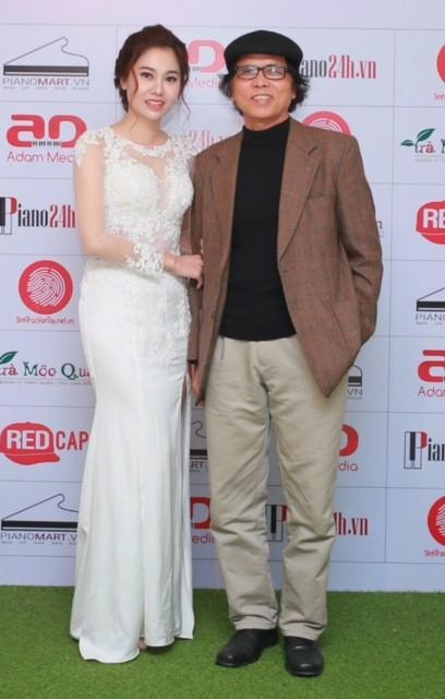 Ca sĩ Đặng Hồng Nhung và nhạc sĩ Lê Minh. Ca sĩ Đặng Hồng Nhung từng lọt vào top 6 Chung kết Sao Mai miền Bắc 2013, hiện là Giám đốc của Trung tâm Nghệ thuật Adam.