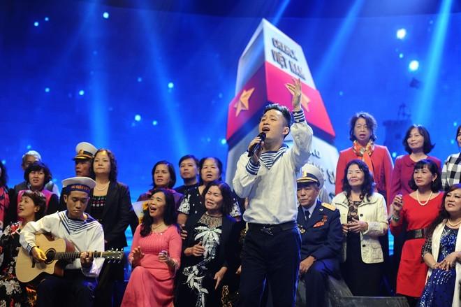 """Gala """"Giai điệu tự hào"""" đãi khán giả bữa tiệc âm nhạc đỉnh cao"""