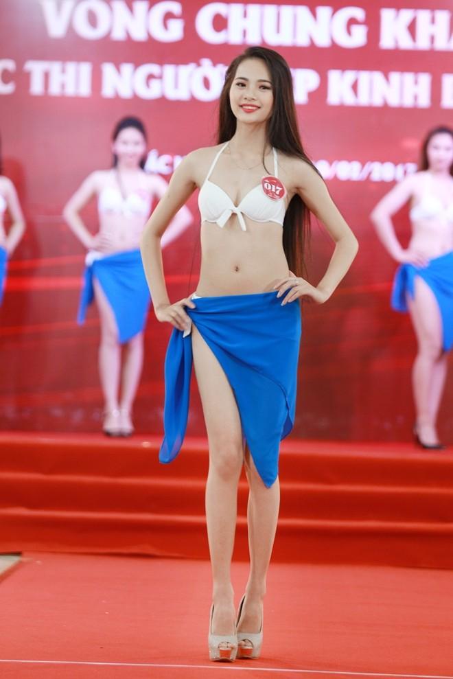 """Vẻ đẹp quyến rũ của các cô gái """"quê hương quan họ"""" trong trang phục bikini ảnh 4"""