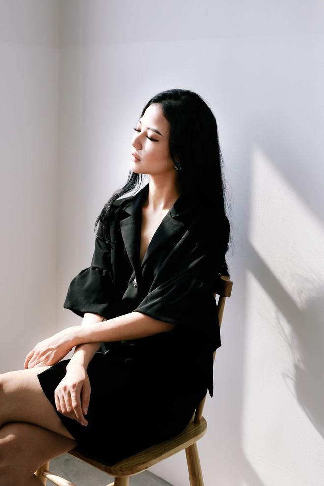 Lộ diện cô em gái xinh đẹp của Hoa hậu Trần Thị Quỳnh