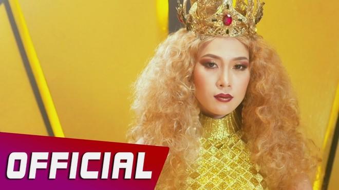 """MV """"Anh thì không"""" được Mỹ Tâm phát hành trên Youtube bị tố vi phạm tác quyền"""