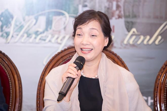 """NSND Lê Khanh sẽ là người kể chuyện và """"diễn xuất"""" duy nhất trên sân khấu các đêm nhạc..."""