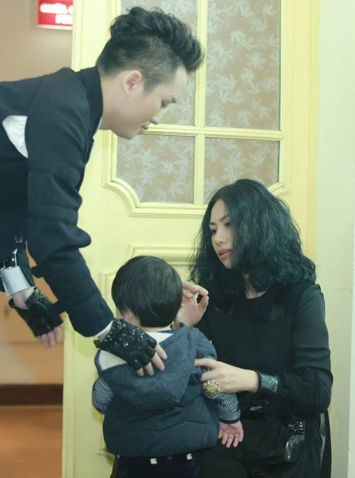 """Ảnh hiếm về """"vợ đẹp, con khôn"""" của Tùng Dương """