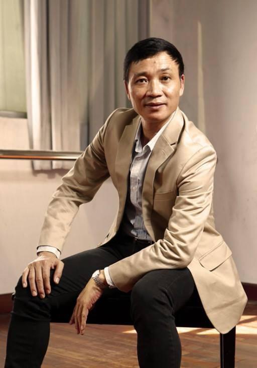 NSND Hà Thế Dũng (Hiệu trưởng Trường Múa TP.HCM, Chủ tịch Hội Nghệ sĩ Múa TP.HCM) - giữ vai trò chịu trách nhiệm tổ chức chương trình