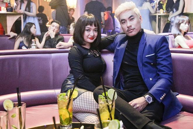 """Bạn trai của Cát Phượng đóng """"cảnh nóng"""" với Kaity Nguyễn"""
