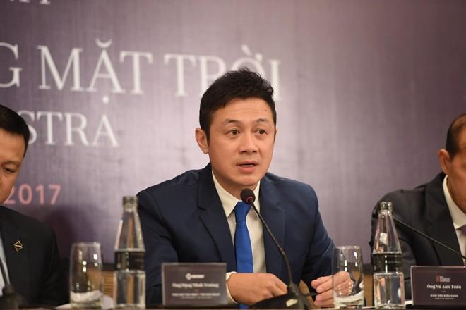 Đảm nhận vai trò Giám đốc điều hành dàn nhạc là MC Anh Tuấn.