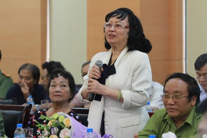 NSND Chu Thúy Quỳnh xúc động phát biểu tại cuộc gặp gỡ
