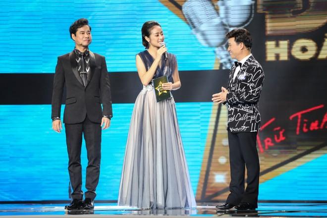 Quang Linh tỏ tình với Ngọc Sơn ngay trên sóng truyền hình