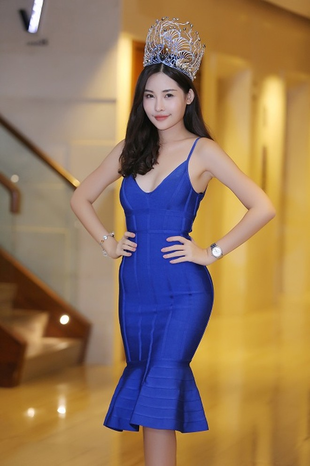 """Ban tổ chức """"Hoa hậu Đại dương"""" phản hồi việc tân Hoa hậu từng phẫu thuật thẩm mỹ"""