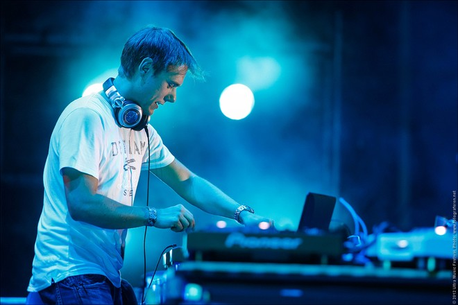 DJ số 3 thế giới Armin van Buuren đến Việt Nam