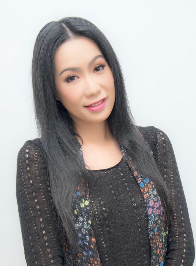 NSƯT Trịnh Kim Chi ra mắt vở diễn với màu sắc ma mị