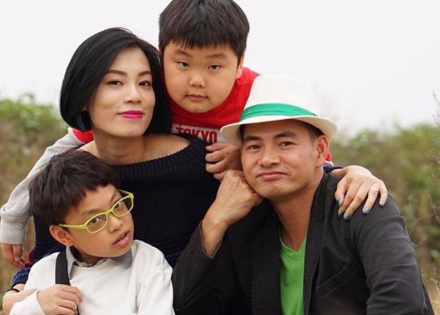 Vợ NSƯT Xuân Bắc đang mang thai con thứ 3 