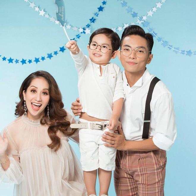 """Vợ chồng """"Nữ hoàng Dance-sport"""" Khánh Thi khoe có thêm công chúa"""