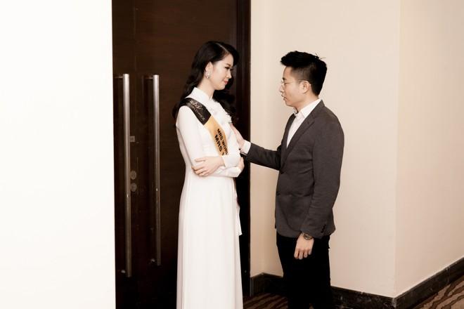Ông xã Dương Thùy Linh động viên vợ trước đêm thi