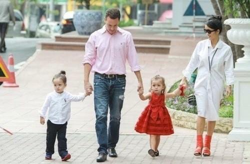 Diva Hồng Nhung bất ngờ chia tay chồng Tây sau 7 năm chung sống