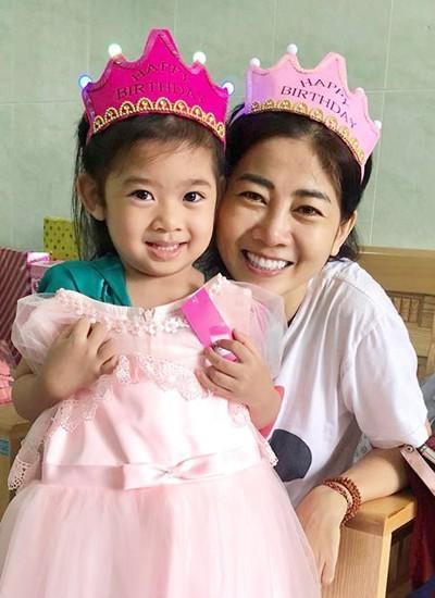 Mai Phương không muốn con gái nhìn thấy mình đau đớn vì bệnh tật