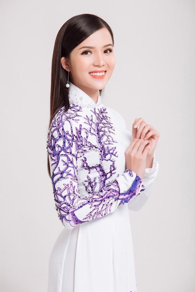 Vẻ đẹp ngọt ngào đậm chất Á Đông của Huỳnh Thúy Vi