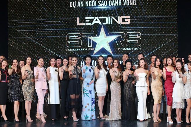 """""""Hoa hậu Trái đất"""" Angelia Ong không ngớt lời khen ngợi Hà Thu"""