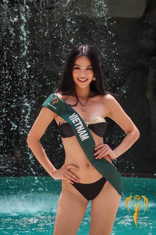 Phương Khánh tự tin khoe hình thể đẹp, khỏe khoắn và quyến rũ