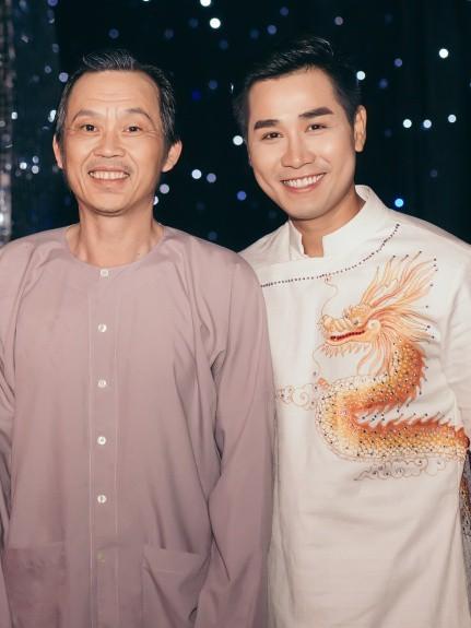 Danh hài Hoài Linh và Nguyên Khang hội ngộ trong một sự kiện