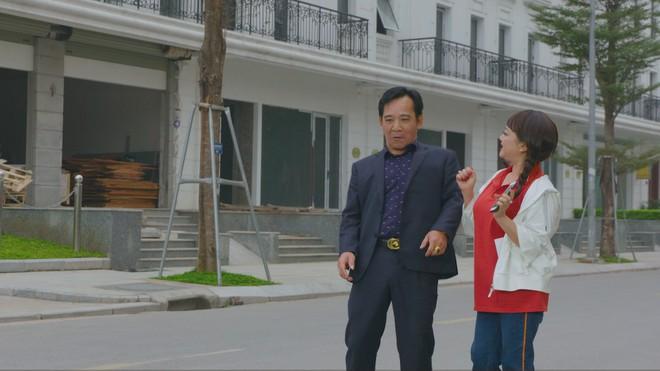 Nghệ sĩ Trà My và Quang Tèo trong một cảnh quay