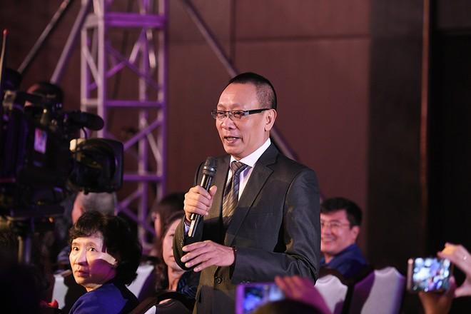 Nhà báo Lại Văn Sâm được giả định sẽ trở thành...vũ công, cầu thủ bóng đá hoặc ca sĩ nếu không làm MC