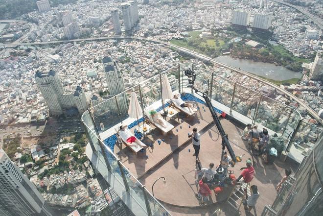 """Bối cảnh quay của MV """"Con đường"""" trên tòa nhà cao nhất Việt Nam"""
