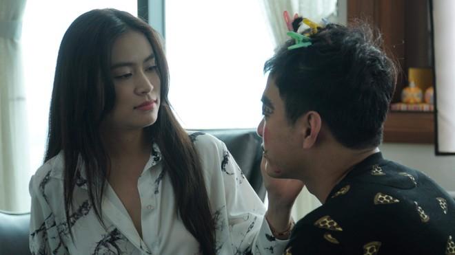 """Hoàng Thùy Linh tung MV hát nhạc phim """"Mê cung"""""""