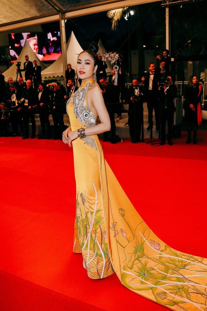 Mỹ nhân Việt gây chú ý trên thảm đỏ LHP Cannes với phong cách đối lập Ngọc Trinh ảnh 8