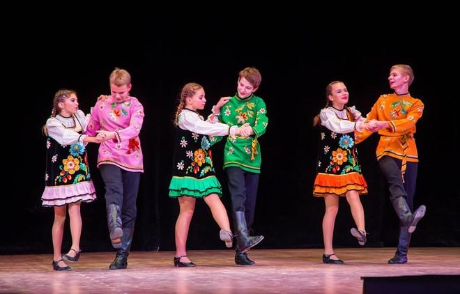 Đoàn nghệ thuật thiếu nhi Nga là một trong 7 đoàn nghệ thuật thiếu nhi quốc tế tham gia trình diễn tại Liên hoan năm nay