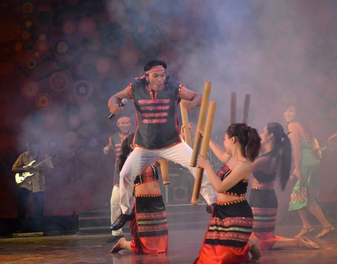 Đoàn Ca múa dân tộc tỉnh Đắc Lắk là một trong 4 đơn vị nghệ thuật của nước chủ nhà Việt Nam sẽ tham gia Liên hoan