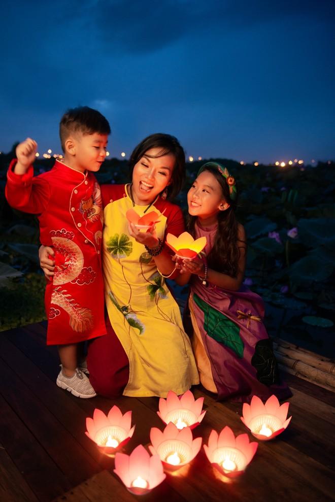 Thái Thùy Linh và các con