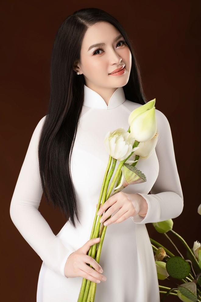 """Ca sĩ Đinh Trang lên Mù Cang Chải quay """"Bài ca hy vọng"""""""
