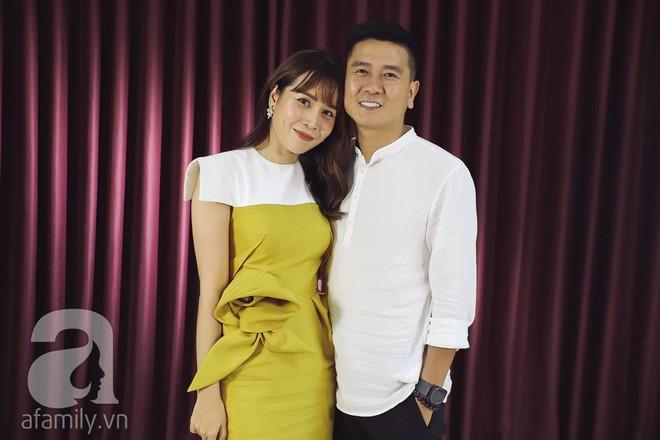"""Hình ảnh cặp đôi """"Giang - Hồ"""" xuất hiện hạnh phúc bên nhau trong talkshow mới đây"""