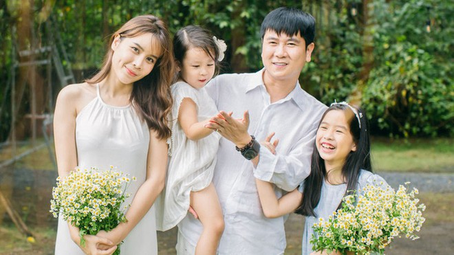 Bức ảnh gia đình hạnh phúc được người trong cuộc chia sẻ trong thời gian gần đây